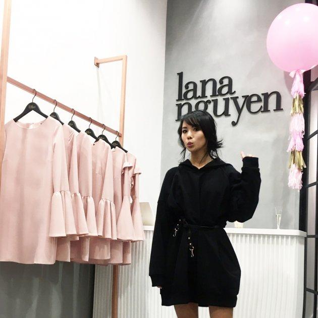Lana Nguyen, ul. Grzybowska 61, Warszawa