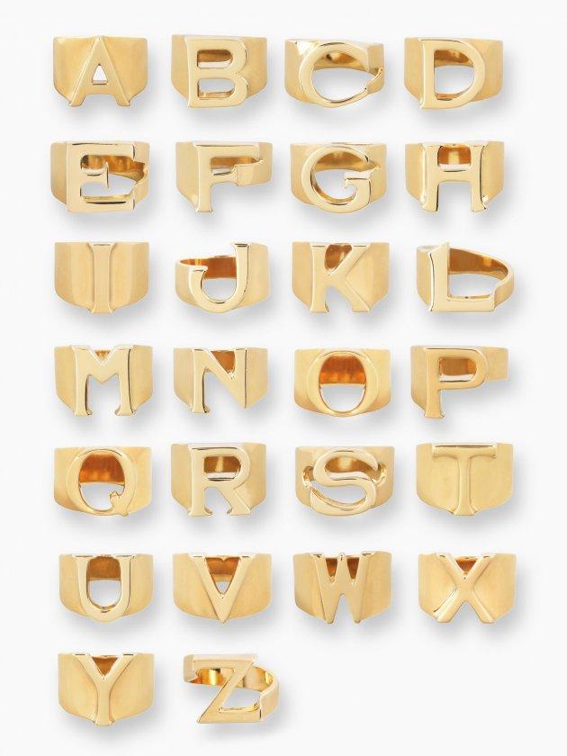 Chloé Alphabet