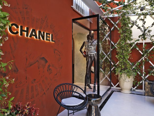 Pop-up boutique CHANEL, Capri
