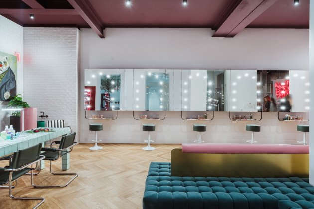 GIRLS ONLY Beauty Bar by Rimmel