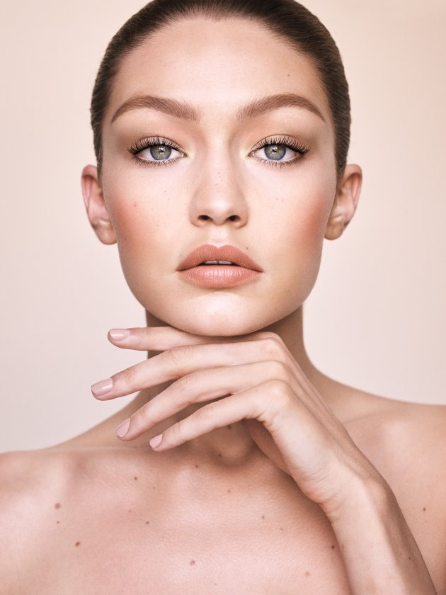Gigi Hadid x Maybelline New York: The Jetsetter Makeup Palette