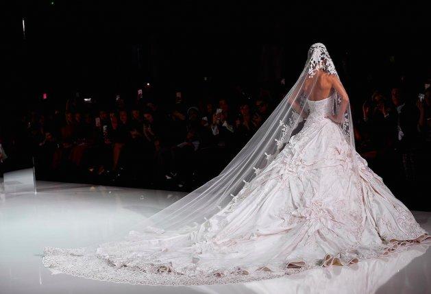 Ralph Russo Zaprojektują Suknię ślubną Meghan Markle Buzz