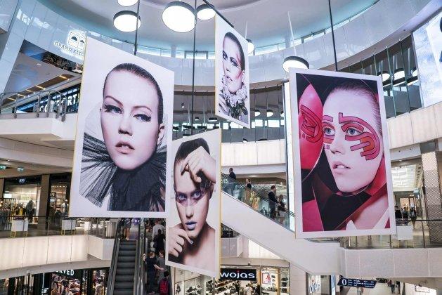 Wystawa Dior The Art of Color w Galerii Mokotów