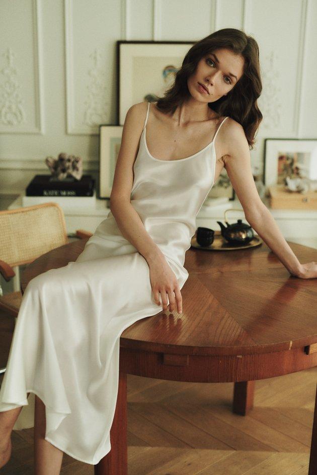 Moye Bridal