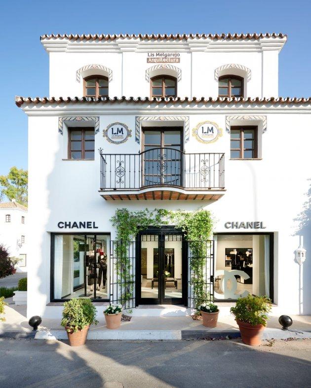 CHANEL w Marbella Club Hotel