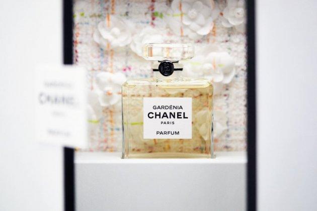 CHANEL Gardénia and Maisons D'art